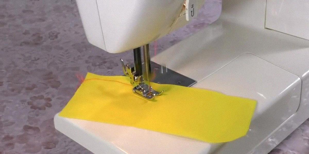 Швейная машина строчит неровно